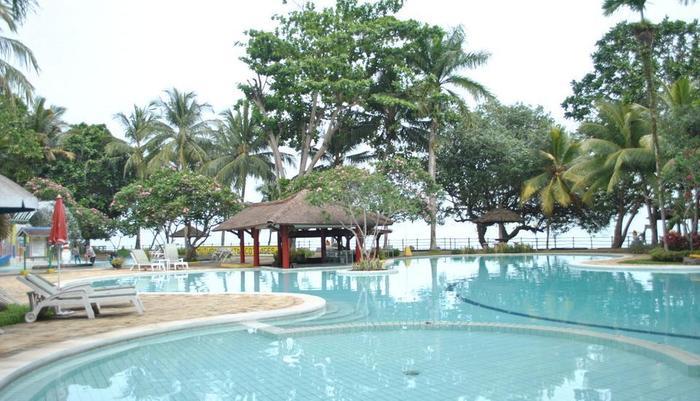 Mutiara Carita Cottages Pandeglang - Kolam Renang