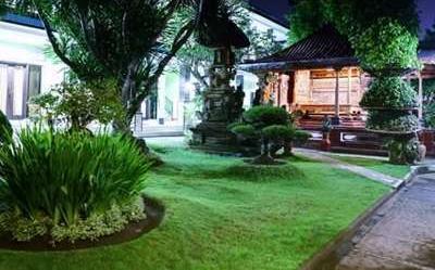 Budhas Guest House Bali - Taman