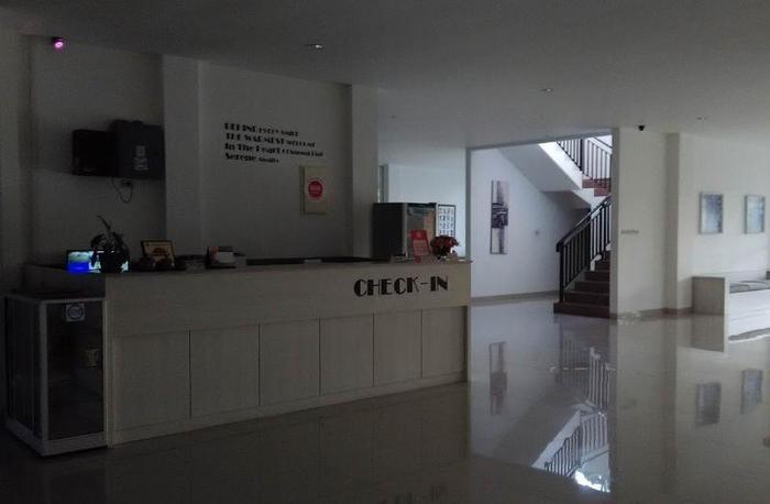 NIDA Rooms Bangka Jenderal Sudirman Bangka - Resepsionis