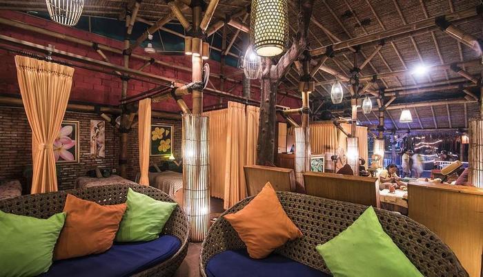 Black Penny Villas Trawangan Lombok - ruang tunggu