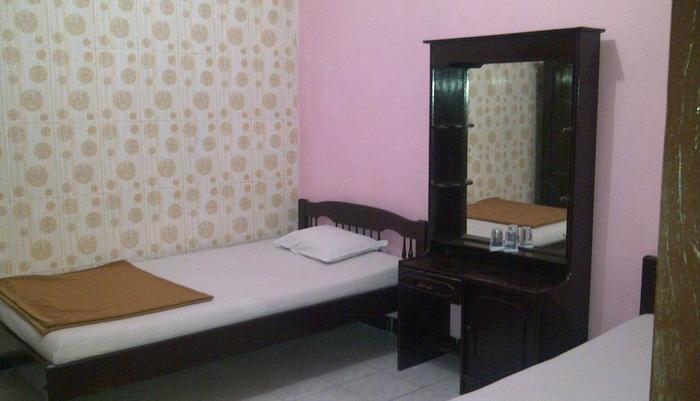 Hotel Cepuri Jogjg - KAMAR STANDAR DENGAN KIPAS ANGIN