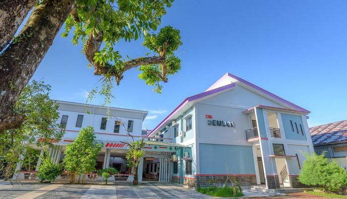 Demuon Hotel Belitung - Tampilan Luar Hotel