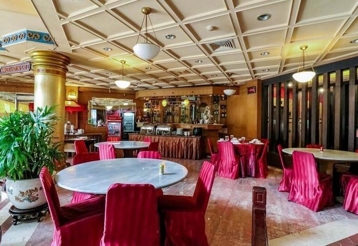 NIDA Rooms Makassar Lombok - Restoran