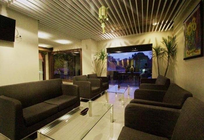 Durian Condotel Suite Makassar - Lobi