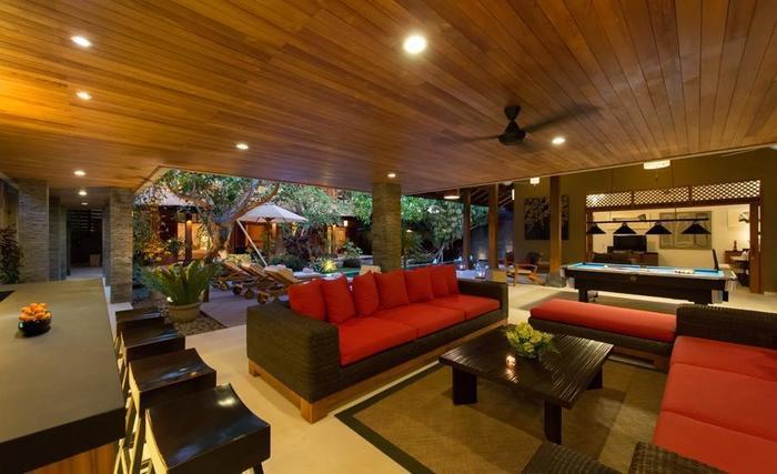 Villa Kinaree Estate Seminyak - Villa A - Area Lounge Luar
