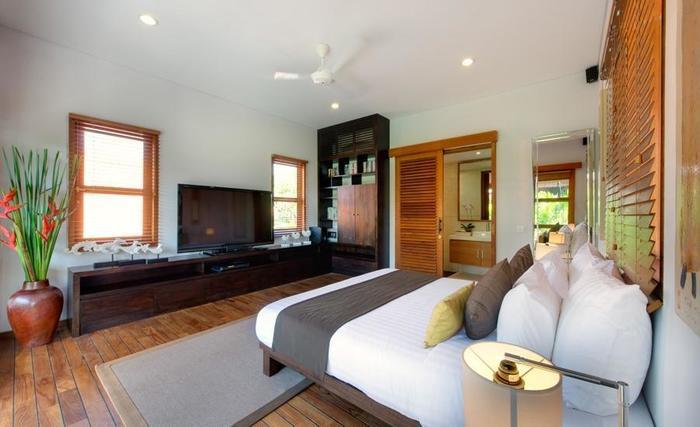 Villa Kinaree Estate Seminyak - Villa A - Pavillion dan Ruang TV