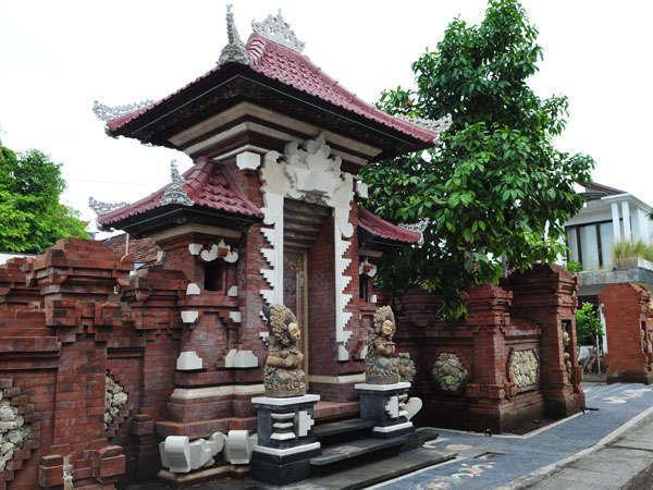 Sukun Bali Cottages Bali - gerbang depan
