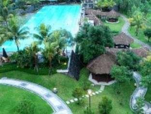 Mason Pine Hotel Bandung - Pemandangan sekitar