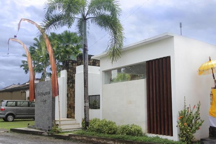 The Adnyana Villas & Spa Bali - Tampak Luar (11/Feb/2014)