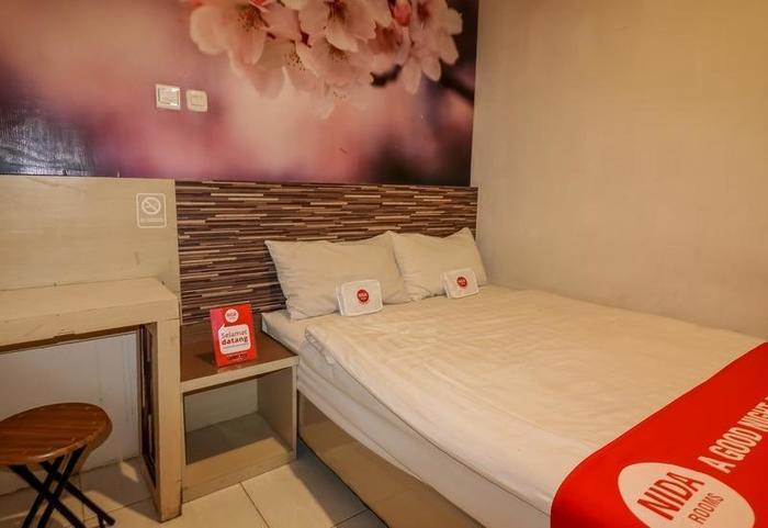 NIDA Rooms Losari Beach Rotterdam Makassar - Kamar tamu