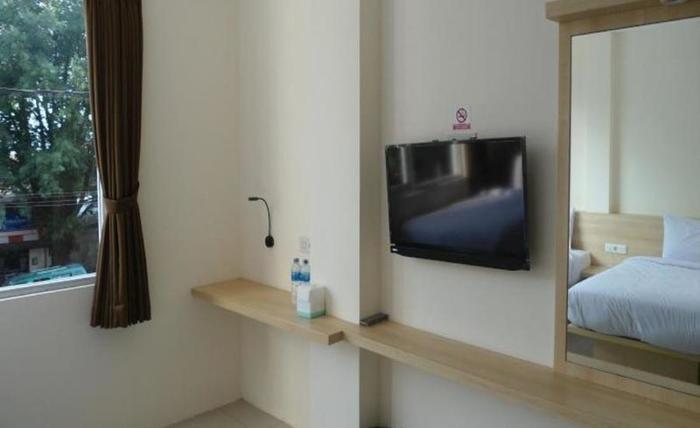 New Moonlight Hotel Bandung - Kamar tamu