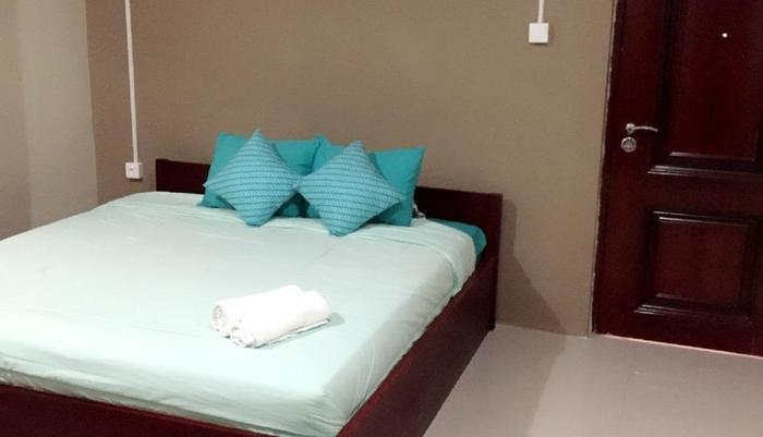 Gang Guest Hotel & Resto Tuban -  deluxe room