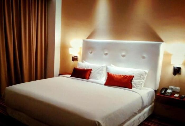 Hotel Royal Asnof Pekanbaru - Kamar tamu