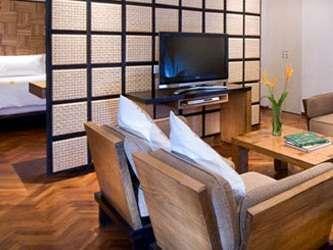 Padma Resort Bali at Legian Bali - Ruang Tamu Deluxe Suite