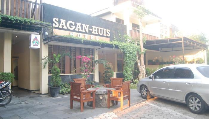 Hotel Sagan Huis Yogyakarta - outdoor