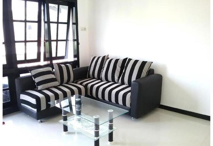 Mess Inn Semarang - Interior