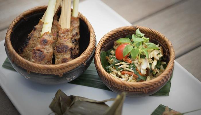 Royal Tulip Visesa Ubud Bali - Meal