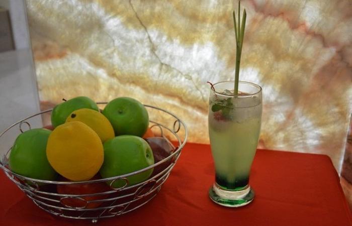 KJ Hotel Yogyakarta Yogyakarta - Buah-buahan dan minuman