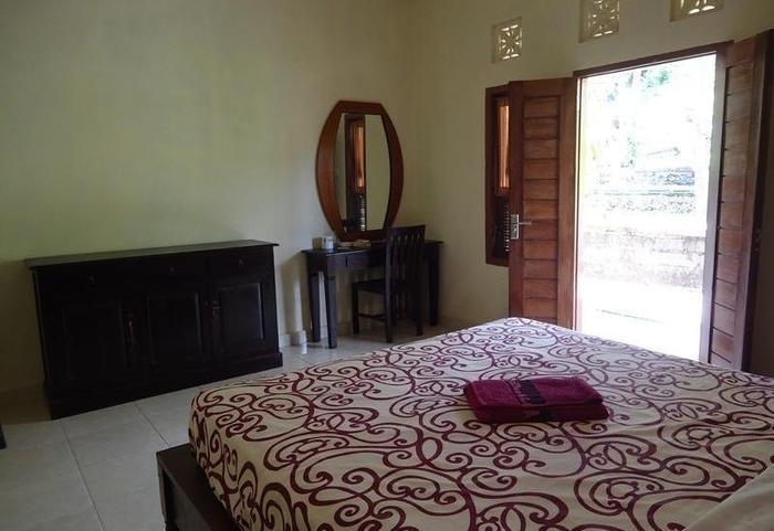 Belong Bunter Homestay Two Bali - Kamar tamu