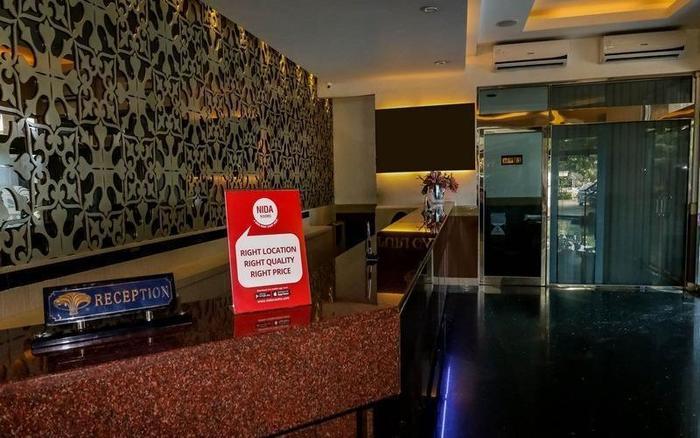 NIDA Rooms Semarang Asteri Utama - Resepsionis