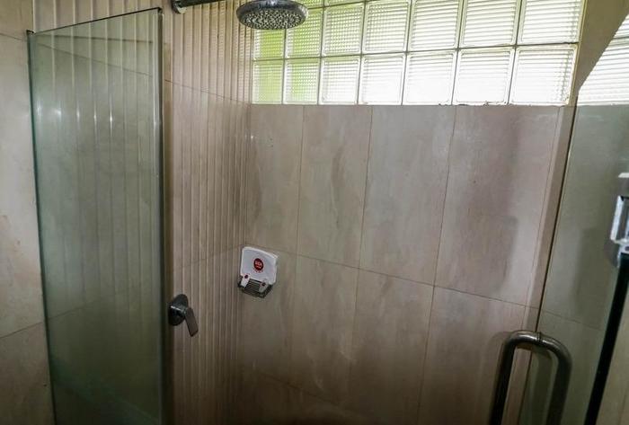 NIDA Rooms Semarang Asteri Utama - Kamar mandi