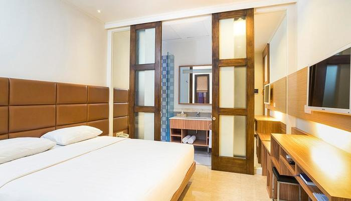 Alron Hotel Kuta - Smart Room