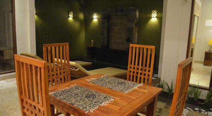 Jas Green Villas Bali - Ruang makan