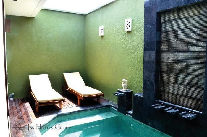 Jas Green Villas Bali - Kolam Renang