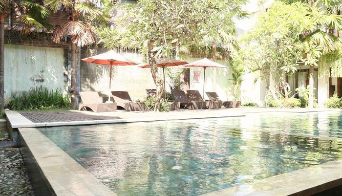 RedDoorz @Ngurah Rai Sanur Bali - Kolam Renang
