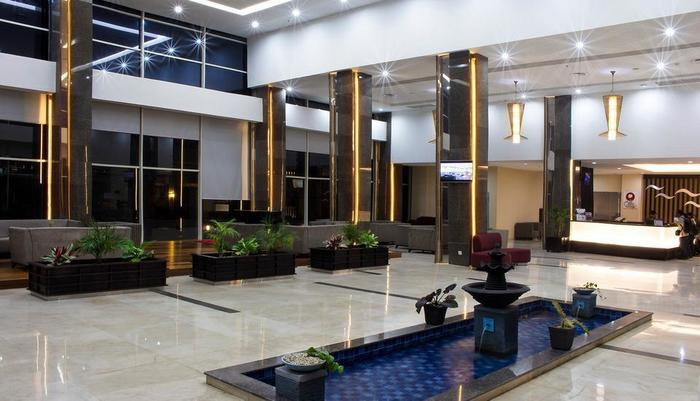 Best Western Plus Coco Palu - interior