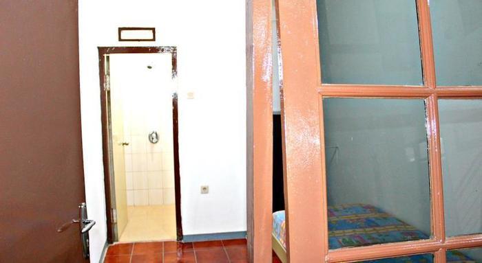 De Sun Pasteur Guest House Bandung - (25/Feb/2014)