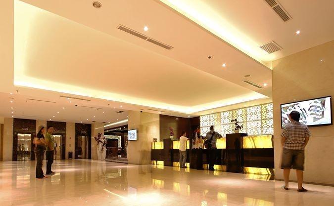 Grand Serela Medan - Lobby