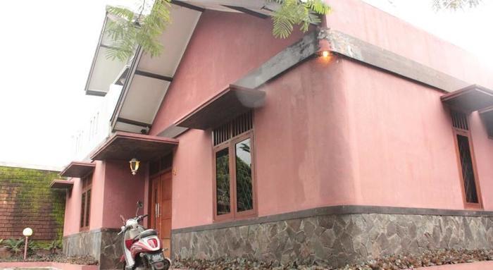 Pulas Inn Bandung - Eksterior