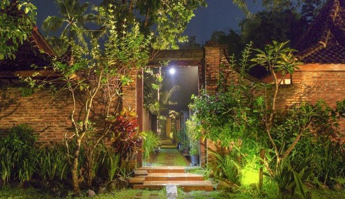 Rumah Boedi Private Residence Borobudur Magelang - Garden3
