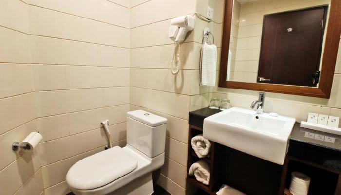 Swiss-Inn Batam - bathroom deluxe