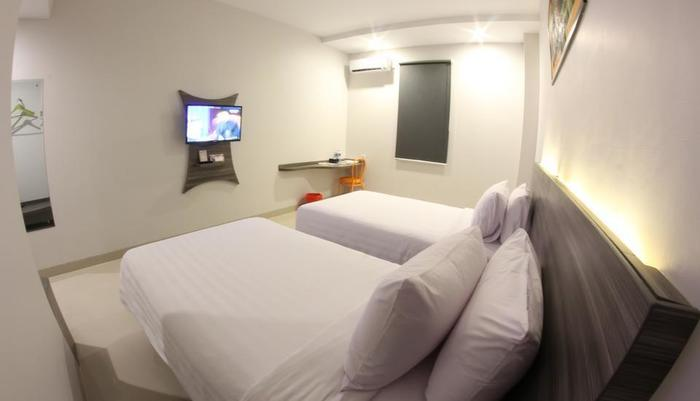 Urban Style by Front One Pringsewu - TWIN BED ROOM