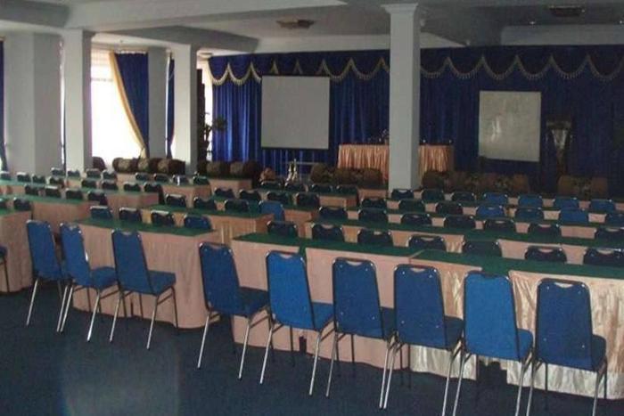 Resty Menara Hotel Pekanbaru - Ruang Rapat