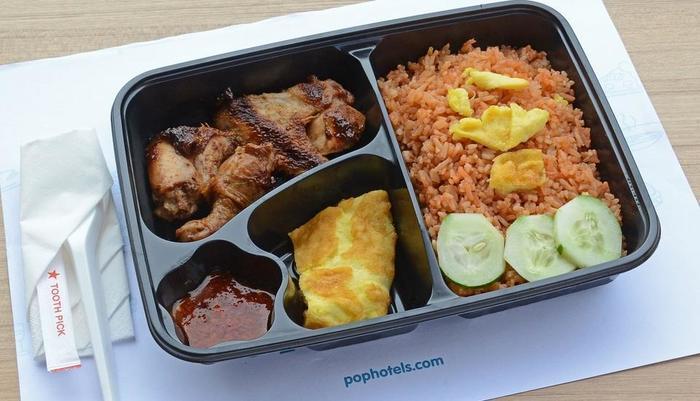 POP! Hotel Banjarmasin - Food at PITSTOP Cafe