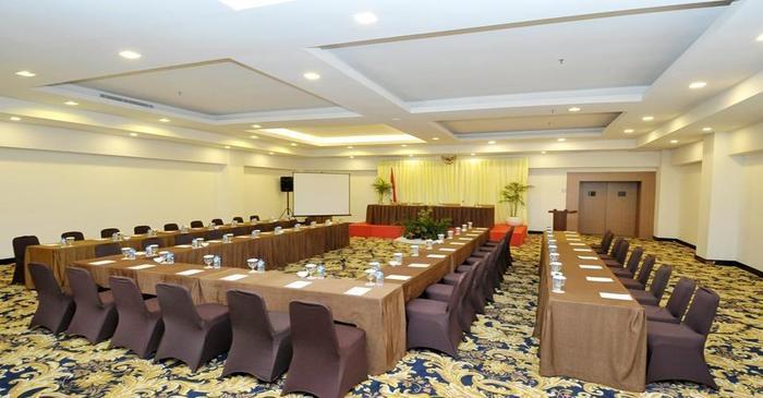 Cavinton Hotel Yogyakarta - Ruang Rapat