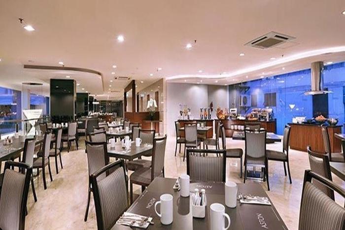 Aston Imperial Bekasi Hotel Bekasi - Coffee Shop