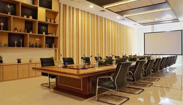 Sparks Convention Lampung - Meeting Room