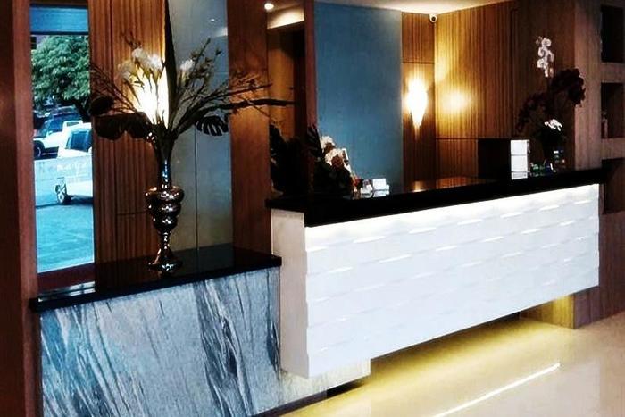 Ramayana Hotel Makassar - Resepsionis