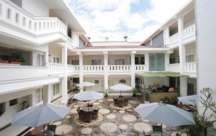 Ramayana Hotel Makassar - Extrerior