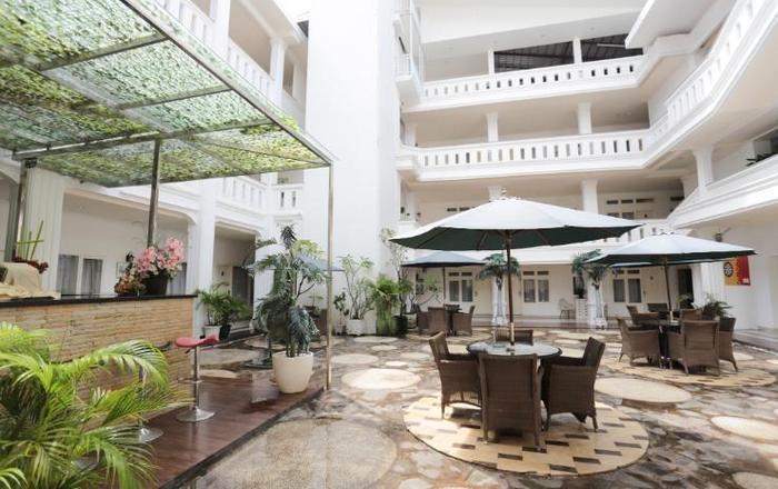 Ramayana Hotel Makassar - Interior