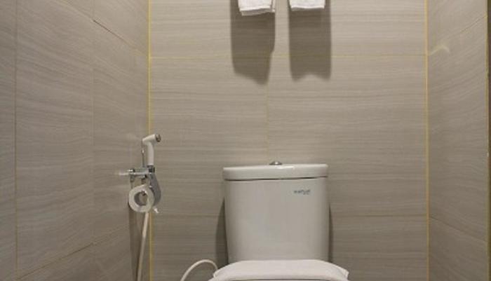 Pesonna Hotel Gresik - Kamar Mandi