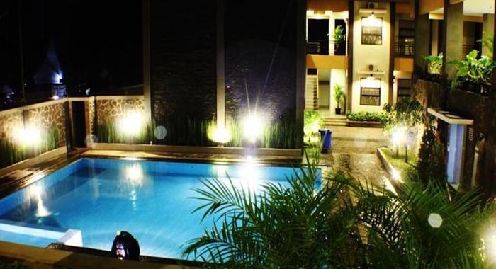 Grand Hani Hotel Bandung - Kolam Renang