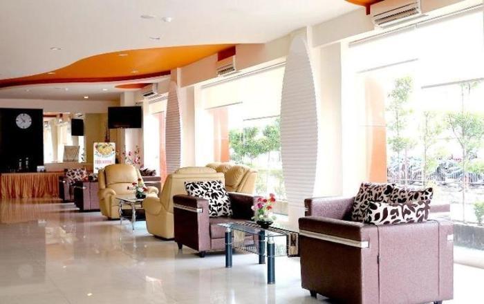 NIDA Rooms Penga Yoman 7 Makassar - Pemandangan Area