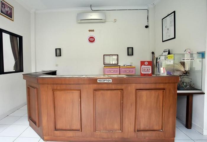 NIDA Rooms Jlagen 10 Kraton - Resepsionis