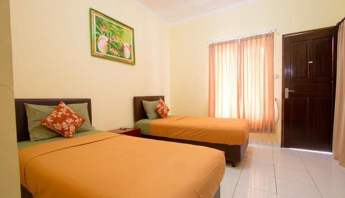 Seminyak Point Guest House Bali - Twin room