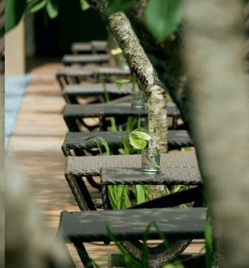 Hotel Santika Kuta Bali - Di Pinggir Kolam Renang